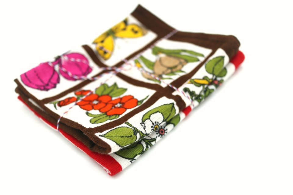 鮮やかな花模様! 旧東ドイツ製ヴィンテージキッチンタオル2枚セット